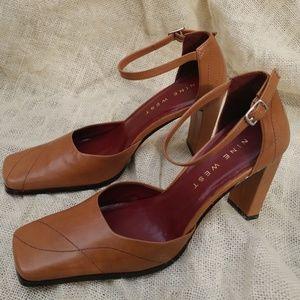 Nine West Herioc Block Heel Cognac Size 6.5 Misses